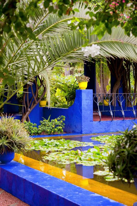 le jardin majorelle le jardin bleu de marrakech westwing
