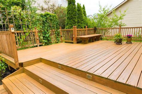 clean mold  mildew  wood decks hunker