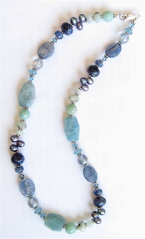beaded l glass bead necklace ideas necklaces pendants