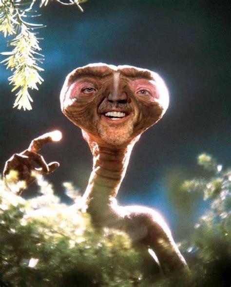 film nicolas cage extraterrestre los mejores memes de nicolas cage estamos rodando