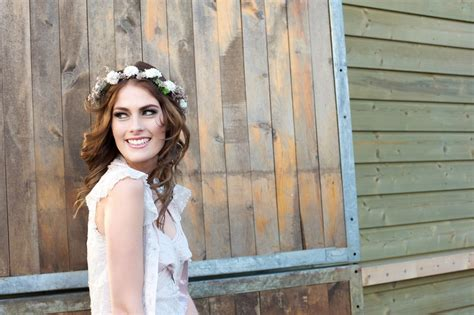 Brautkleider Hippie Look by Hippie Brautkleid Heiraten Im Zeichen And Peace