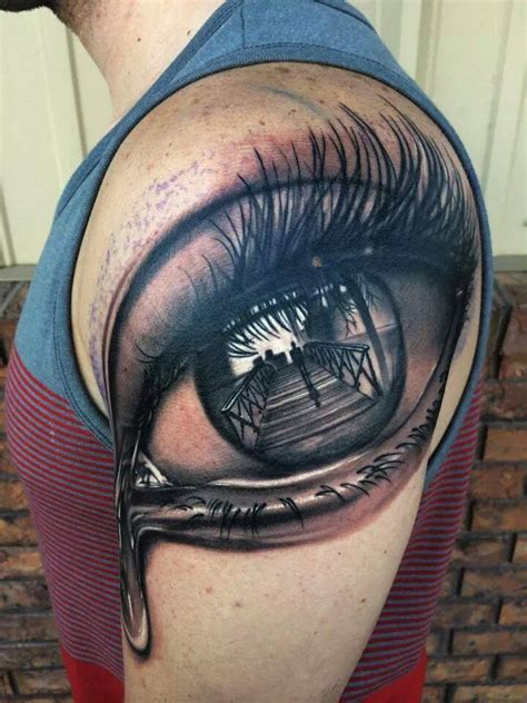 reflection tattoos 3d eye on shoulder