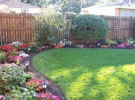 25 backyard designs and ideas inspirationseek com 25 inspirational backyard landscaping ideas