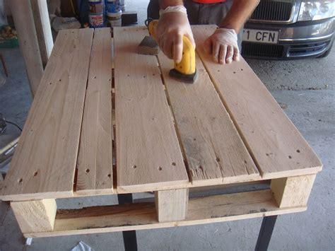 como lijar una silla de madera como lijar una silla de construye tu mueble con palets manos a la obra