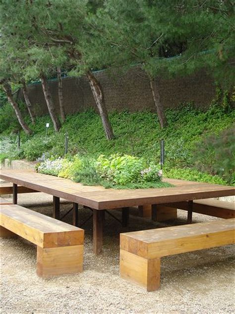 garden bench with table in middle tables garden table and benches on pinterest