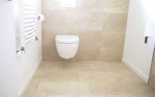 badezimmer travertin fliesen travertin beige creme geschliffen kaufen steinlese