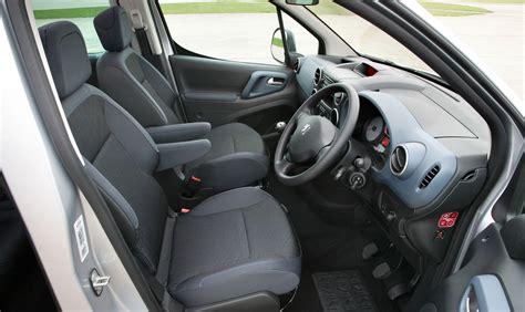 peugeot partner interior peugeot partner tepee estate 2008 driving