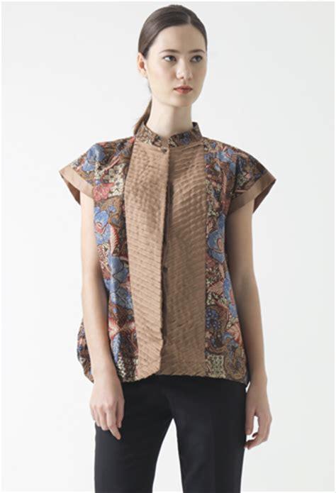 Blouse Grosir Baju Murah Berkualitas Agen Baju Diskon desain blouse batik blue denim blouses