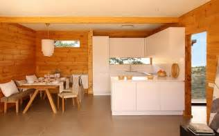modern log home interiors modern log cabin decorating ideas