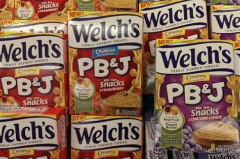 zacks j j snack foods corp jjsf given 157 50 consensus price