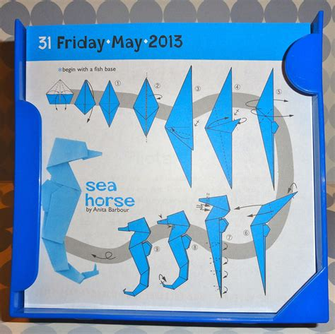 How Do I Make Origami - origami easy seahorse paper things