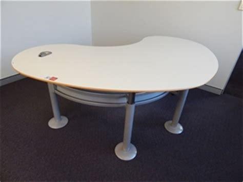 Kidney Shaped Office Desk Office Desk Modern Concept Kidney Shaped Height Adjustable White La Auction 0015