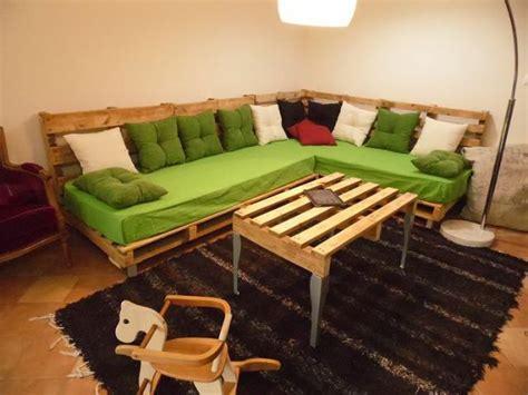 Reclaimed Wood Platform Bed - top 30 diy pallet sofa ideas 101 pallets