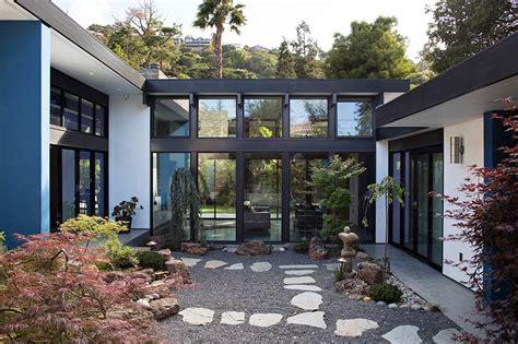 modern atrium house klopf architecture architecture lab