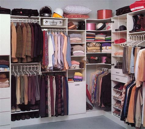 Enclosed Closet Systems by 25 Walk In Closet Designs Everybody Dreams About