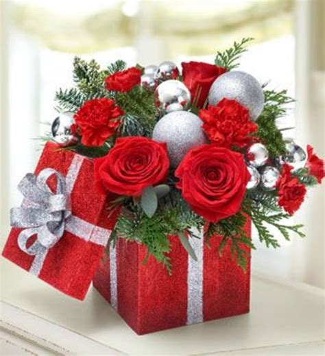 20 chic christmas flower arrangements shelterness