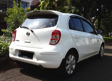 Jual Nissan March 2013 nissan march xs at 2012 2013 putih tgn 1 km 45 rb