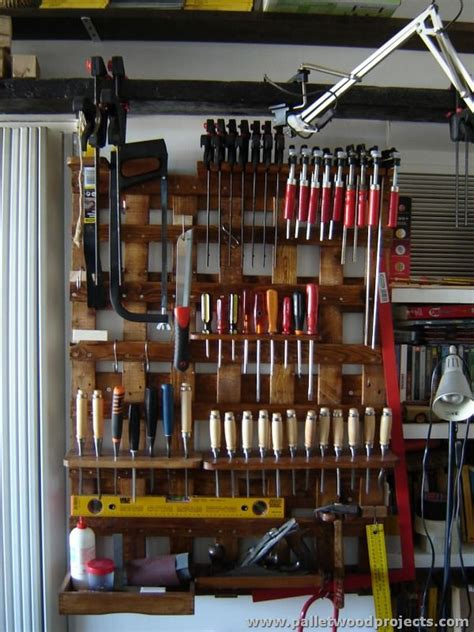 hold  pallet tool rack ideas pallet wood projects