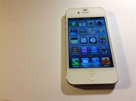 iphone at t for sale white at t iphone 4s fs
