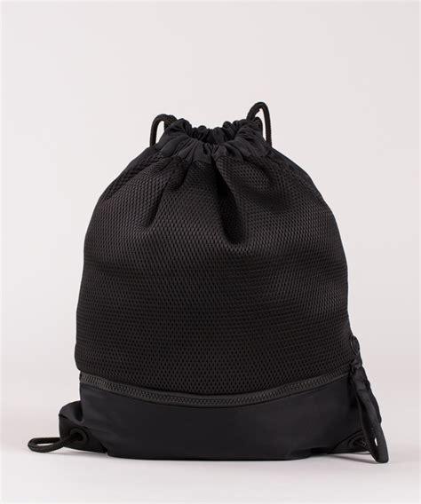go lightly duffel lululemon review lululemon drawstring bag bags more