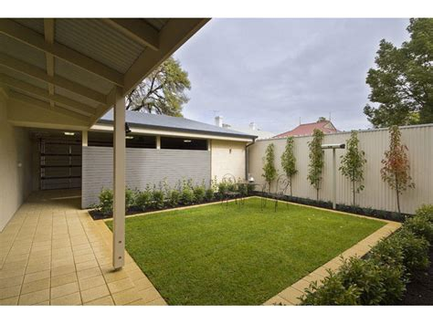 Aussie Backyard by Lawn Design Ideas Spaced Interior Design Ideas Photos