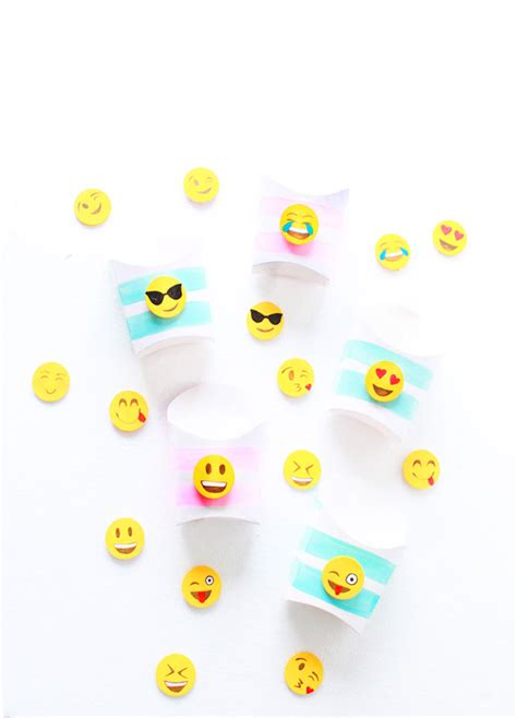 emoji yourself emoji snack box diy