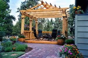 Building A Pitched Roof Pergola by Pitched Roof Pergola Woodworking Projects Amp Plans