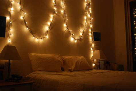 Ideas For Decorating Your Room With Christmas Lights Net White Lights In Bedroom