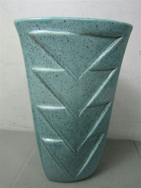 Wing Usa Vase by Wing Pottery Usa M1566 Speckled Turquoise Vase Ebay