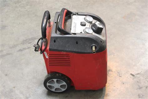 husky 1 5 gallon air scout portable air compressor model 41214 property room
