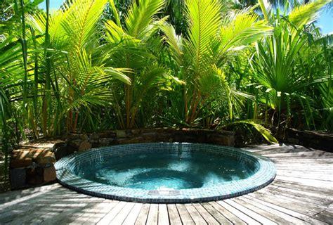 vasche da esterno 30 fantastiche vasche idromassaggio da esterno