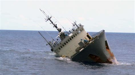 sinking boat vine poaching vessel thunder sinks in suspicious