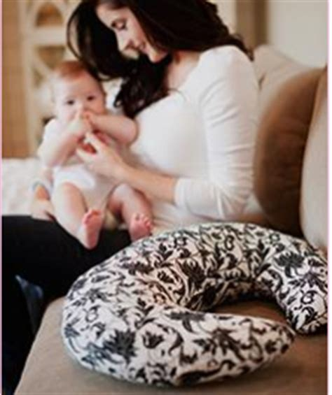 Nursing Pillow Free by Nursingpillow Free Nursing Pillow Southern Savers