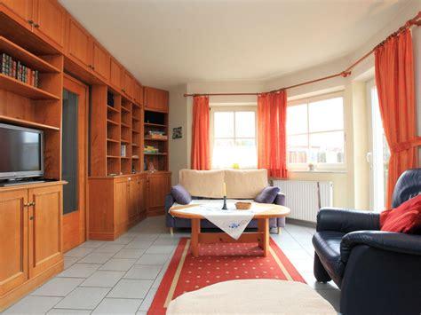 Großes Wohnzimmer Einrichten by Wohnzimmereinrichtung Taupe