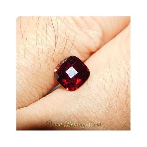 Batu Garnet Merah Kotak jual batu permata garnet merah pekat 1 66 carat harga promo