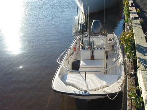 boston whaler montauk boat cushions whalercentral boston whaler boat information and photos