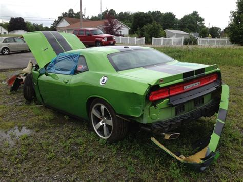crashed dodge challenger for sale wrecked hellcat for sale 2017 2018 best cars reviews