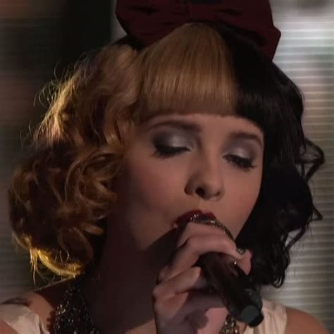 melanie martinez had short curly hair for her performance of cough victory rolls hairstyle black hair rachael edwards