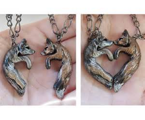 Couples Name Necklace Wolf And Fox Love Necklace His And Hers Heart Kissing Couple