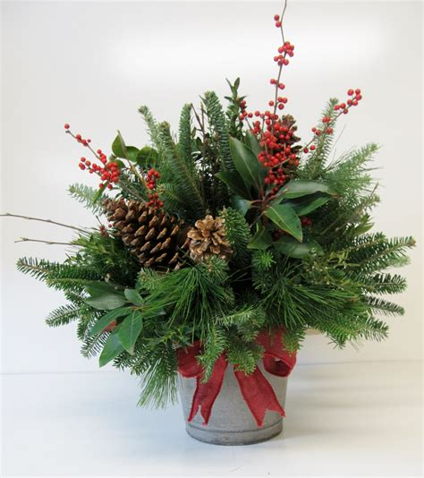 xmas tree table arrengment images country charm country florist and gift
