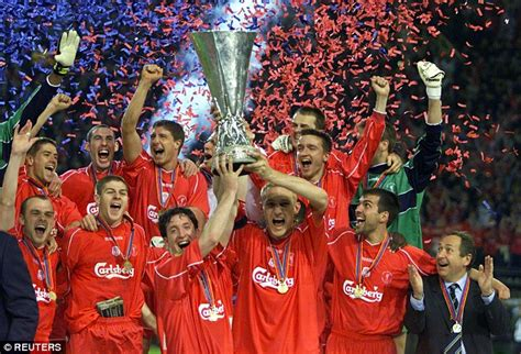 Kaos Liverpool Win 5 Times flashback liverpool win the uefa cup after nine goal