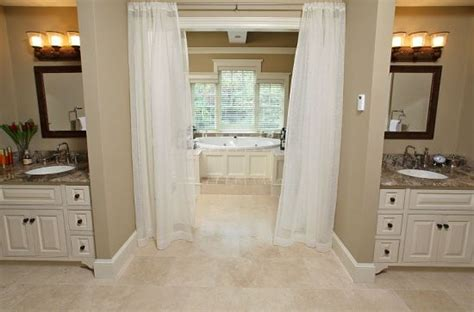 jack and jill bathroom pictures jack and jill bathrooms pictures here is an exle of a jack and jill bathroom from