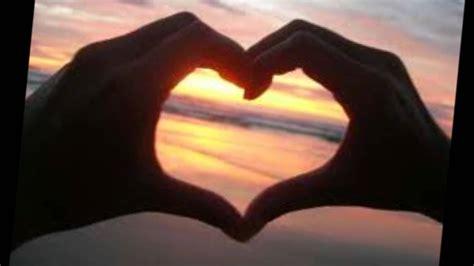 imagenes de corazones hechos con las manos mi corazon entre tus manos wmv youtube