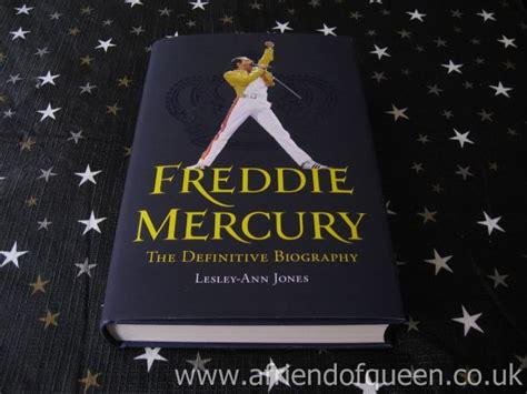freddie mercury definitive biography freddie mercury books