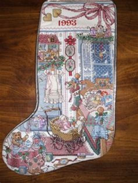 completed cross stitch country crafts heirloom holiday