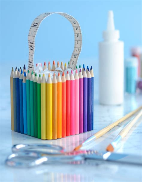 How To Decorate A Pencil Pouch by Do It Yourself Colored Pencil Favor Boxes Decor Advisor