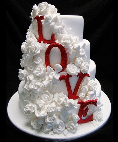 Kalopi Set Marun By Happy Shopp use each layer of your cake to display a message