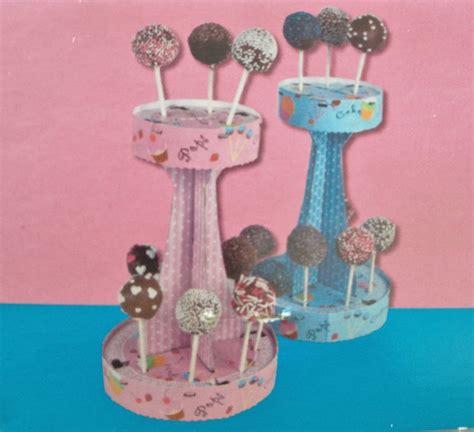 etagere cake pops cake pop halter popcake etagere st 228 nder rosa kuchen lolli