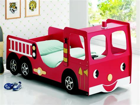 fire engine bedroom accessories uk fire engine themed bedroom ideas for kids fads blogfads