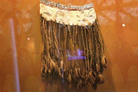 Celana Bali Rumbai pakaian adat suku asmat antara alam dan manusia sejati indonesiakaya eksplorasi budaya